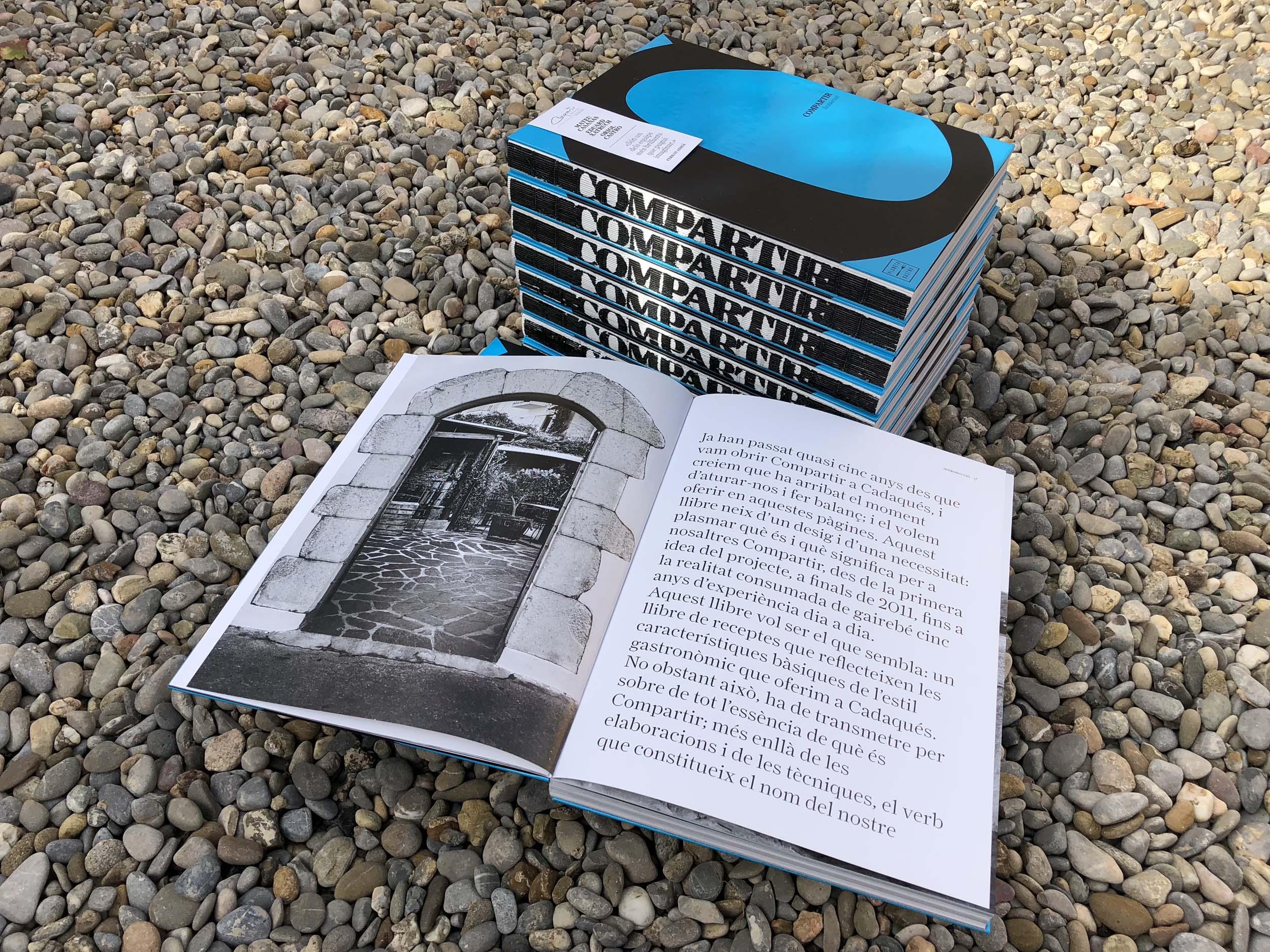 Compartir's book - Catalan